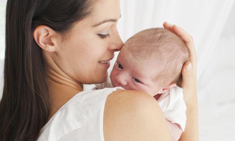 Dicas para rotina do recém-nascido em casa It Mãe