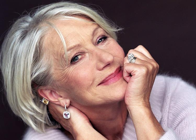 Famosas com cabelos brancos Helen Mirren It Mãe