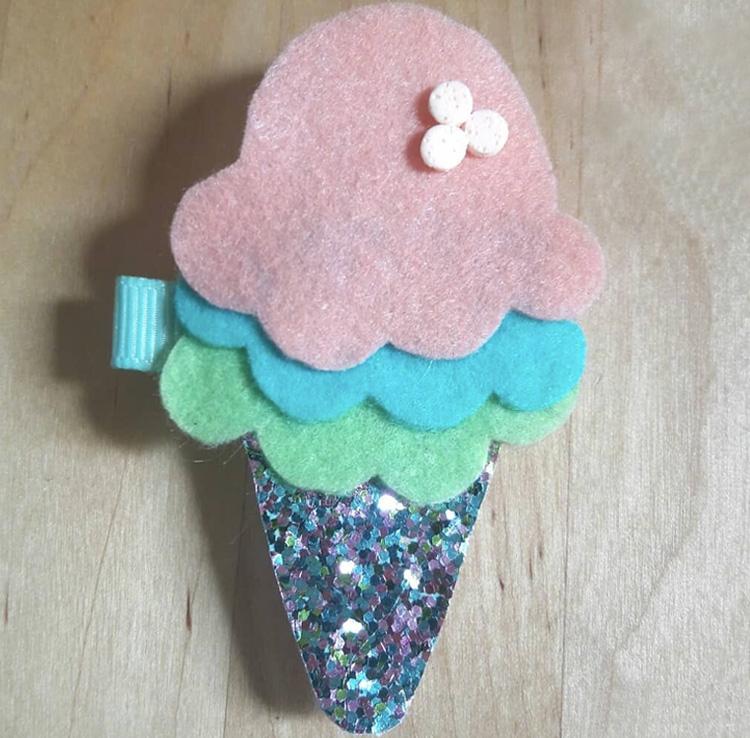 Presilha de cabelo de sorvete Casa da Mel It Mãe