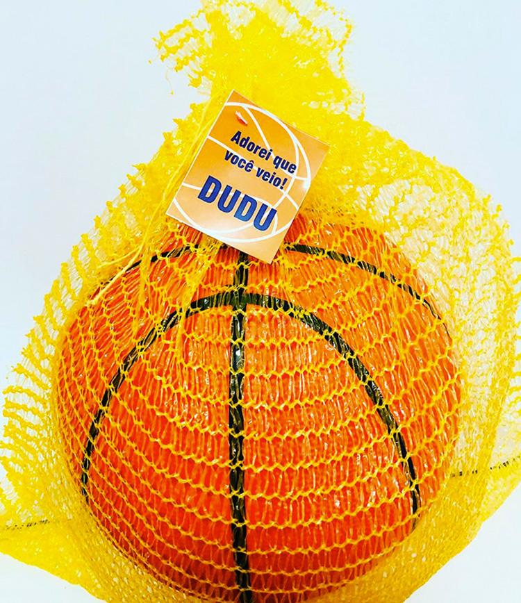 Bola de basquete lembrancinha personalizada Amo Lembrancinhas It Mãe