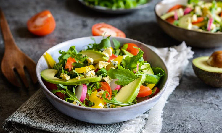 Saladas deliciosas para ajudar na dieta It Mãe