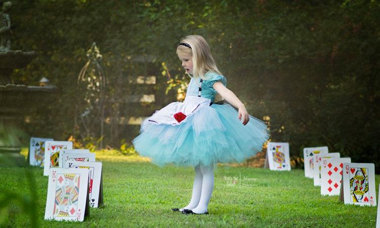 Fantasia de Alice para festa da Alice no País das Maravilhas - It Mãe