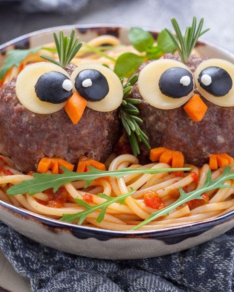 Corujas refeições inspiradas em desenhos It Mãe