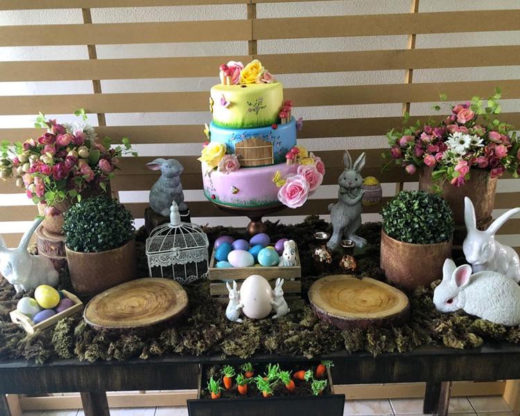 Mesa de Páscoa Ovos coloridos Le Petit Personnaliser It Mãe
