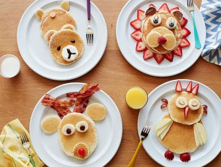 Panqueca com bacon Ideias de café da manhã It Mãe