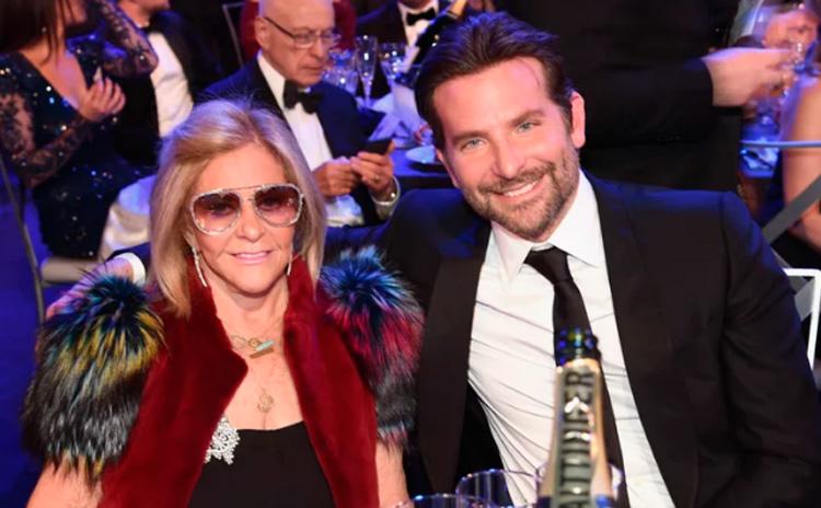 Mães no Oscar: Bradley Cooper e Gloria Campano It Mãe