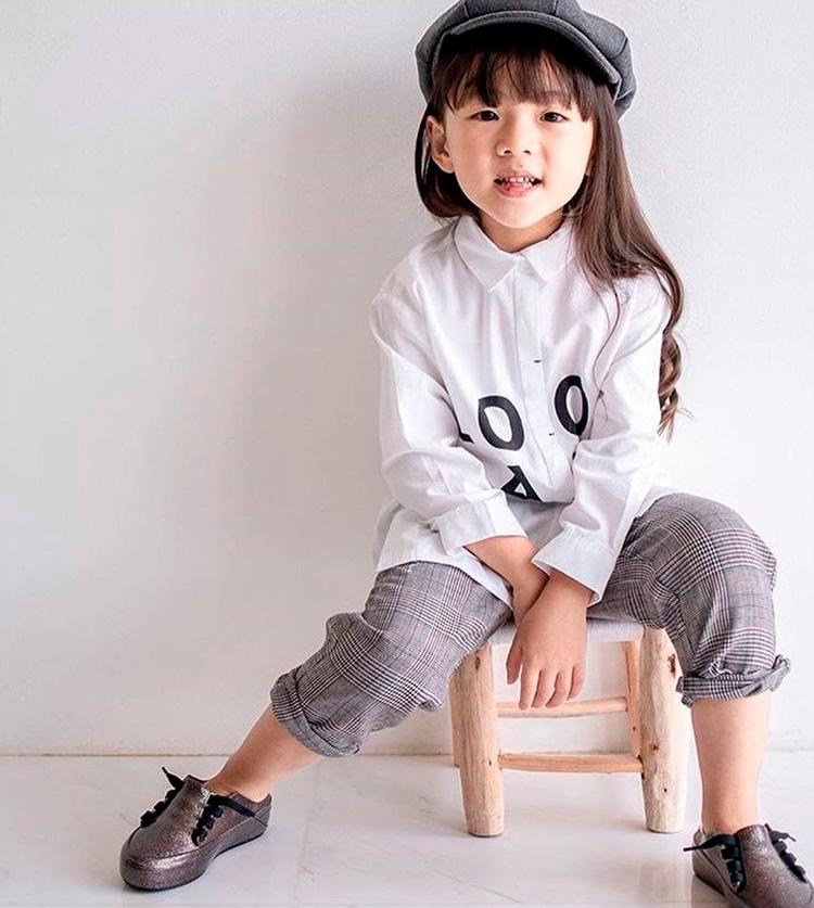 Sapatinhos para meninas Mini Melissa Sneaker - Laranjeiras Kids - It Mãe