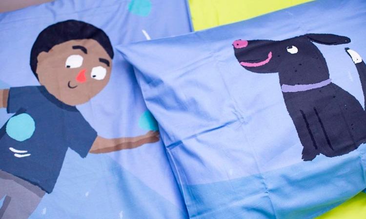 Cuidados com a roupa de cama das crianças Lençol Menino e Cachorro Azul Oohoo Kids It Mãe