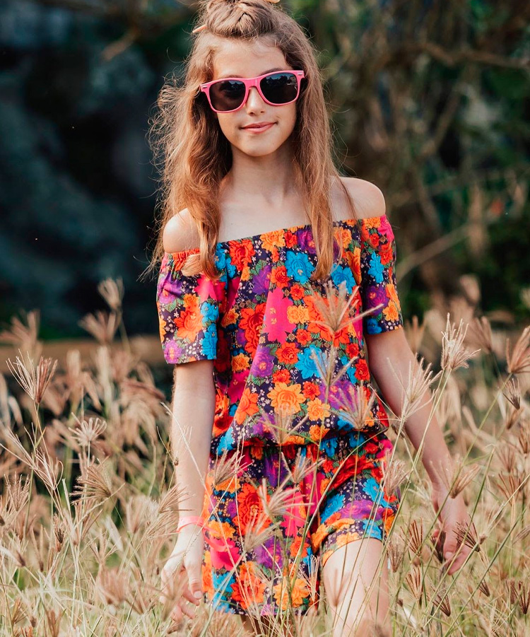 Looks girlie vestido ciganinha floral Lului Bikinis It Mãe