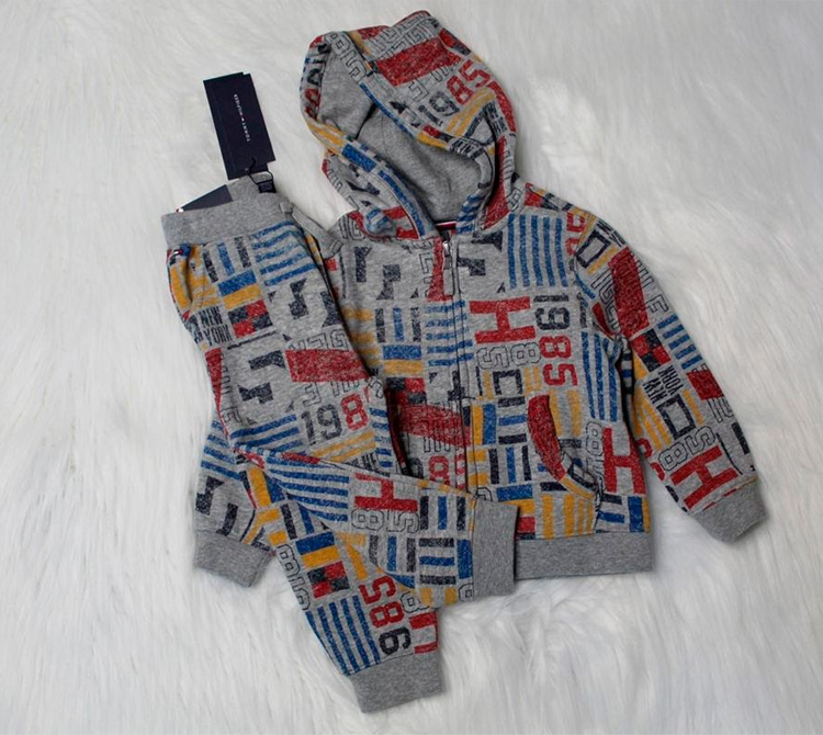 Moletom Tommy Hilfiger - Looks confortáveis- My Baby Style Co - It Mãe