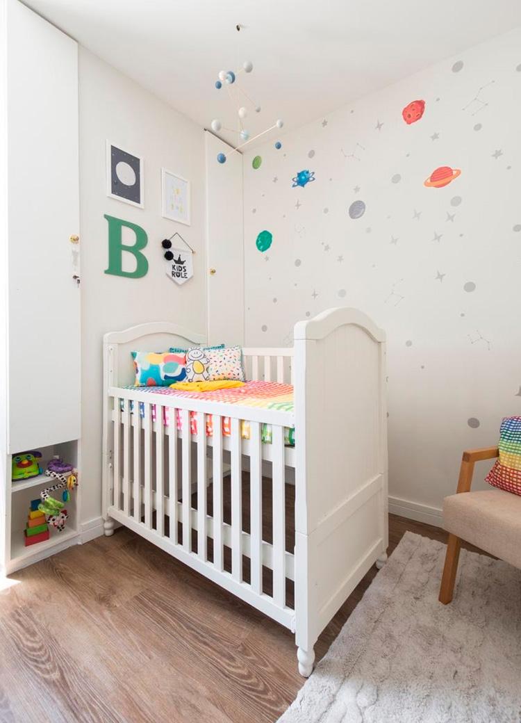 Decoração clean com elementos coloridos Patrícia Bigonha Design de Interiores - It Mãe