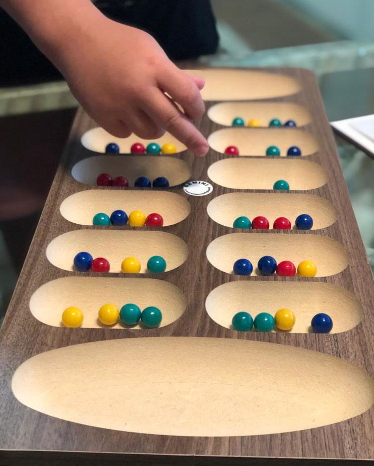 Mancala jgos que ajudam aprender matemática Gemini Jogos It Mãe
