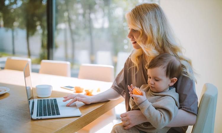 Vida de mãe pós-quarentena: dicas de orientação para babás - It Mãe