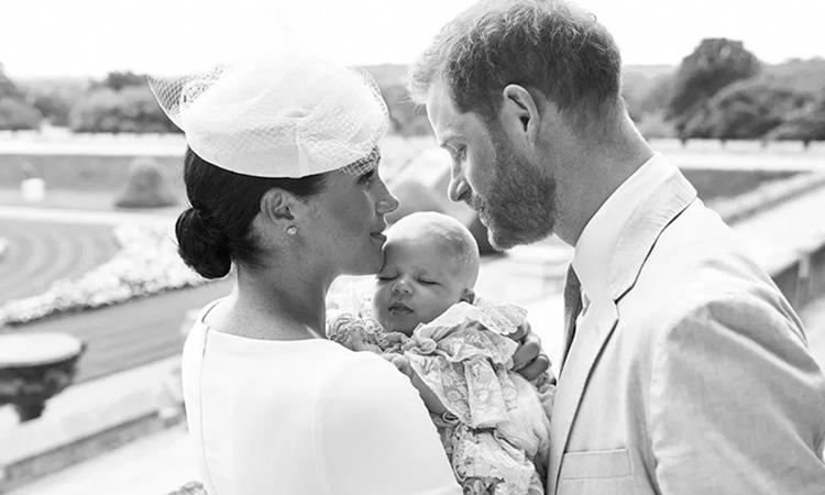 Meghan Markle e Príncipe Harry Batizados da família real britânica - It Mãe