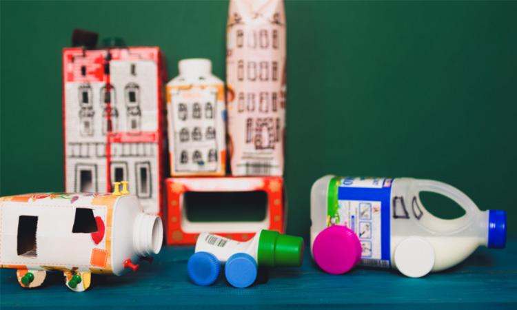 Brinquedos reciclados 4Little - It Mãe