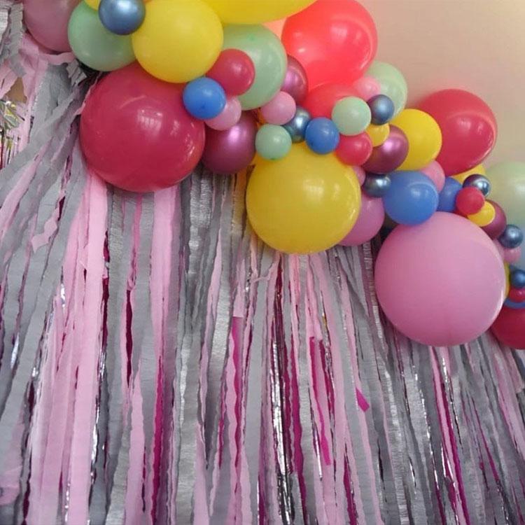 Arco de bexigas decoração para o dia das crianças Rica Festa It mãe