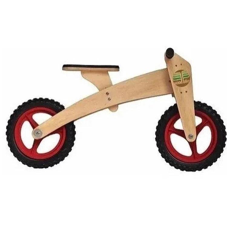 bicicleta de madeira dia das crianças góin góin it mãe