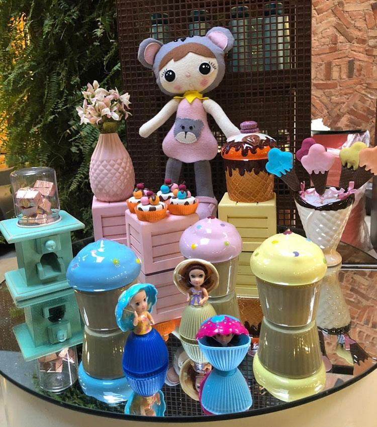 Festa bonecas Le Petit Personnaliser dia das crianças it mãe