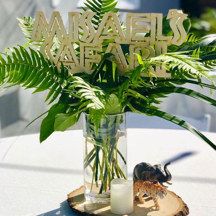 Vaso decorado Festa Safari Rica Festa - It Mãe