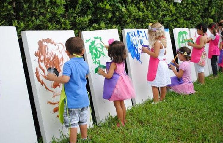 Oficina de arte decoração para o dia das crianças Rica Festa It  mãe