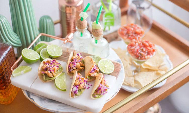 Festa mexicana em casa Mi Casa It Mãe