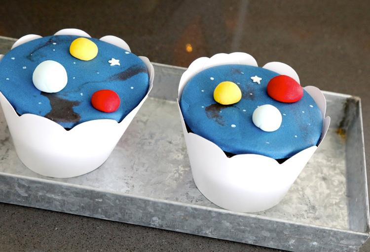 Cupcakes Astronauta Bella Idea - It Mãe