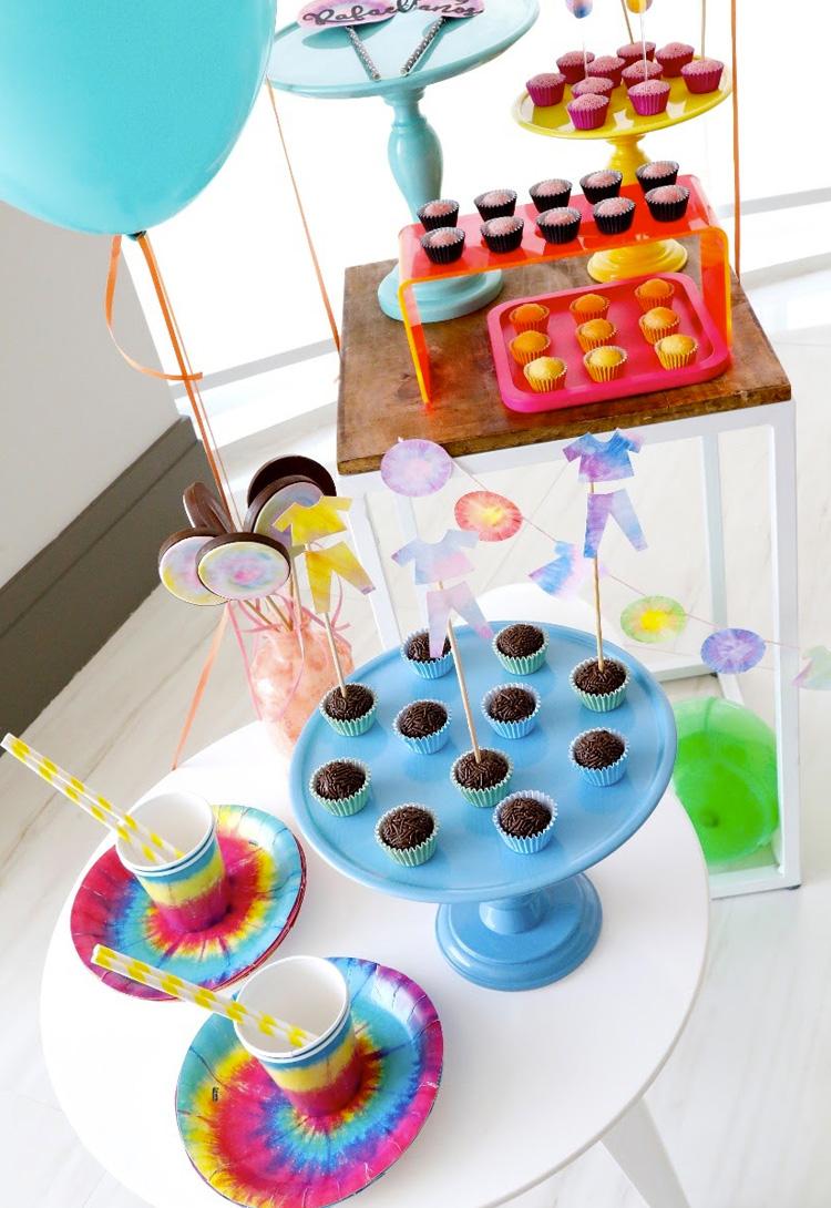 Tie Dye festa em casa Bella Idea - It Mãe