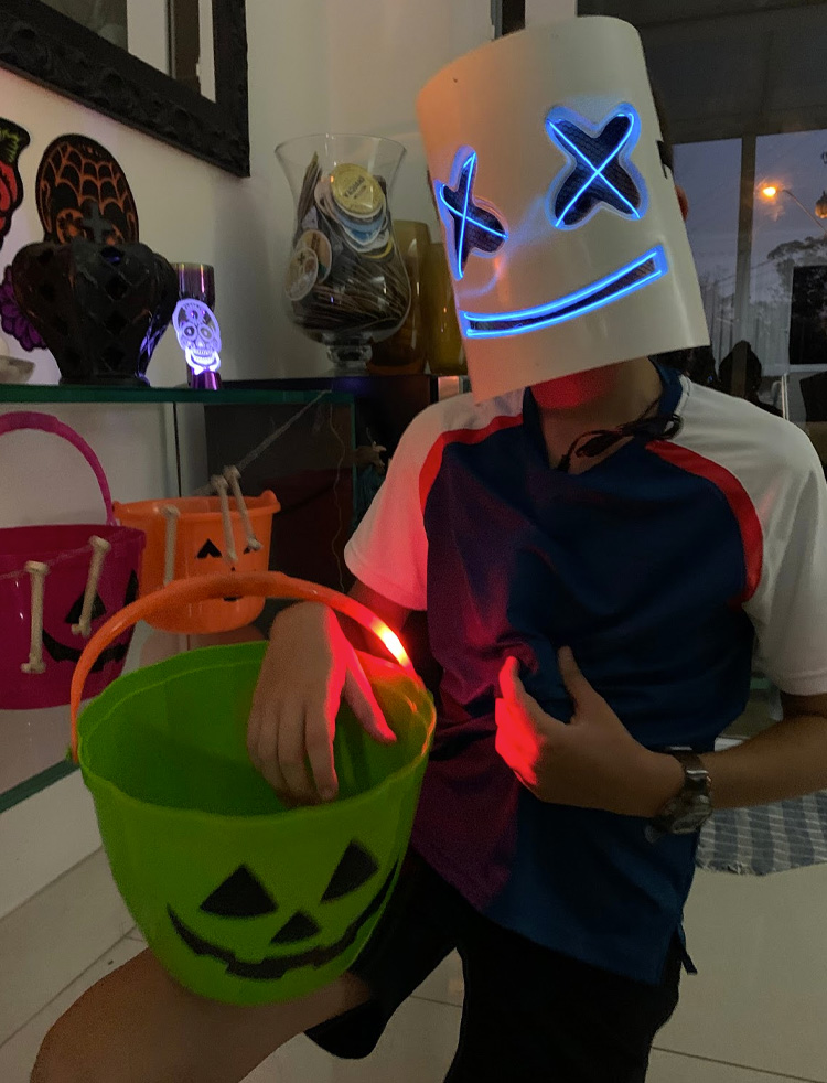 Máscara de Led DJ Marshmello Rica Festa - It Mãe