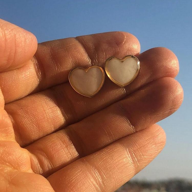 brincos coração presente de natal pra família joia de leite it mãe