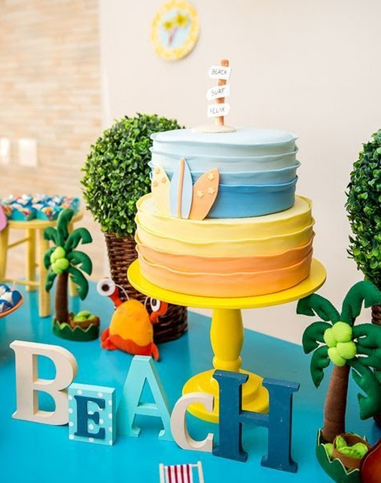 Praia em tons pastel - It Mãe