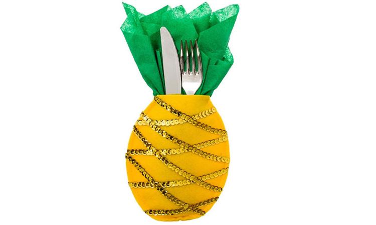Decoração para festa luau: Porta talher de abacaxi - Rica Festa