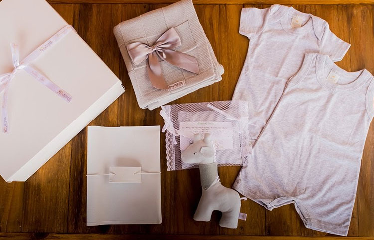 maternity box premium presentes carinhosos e cheios de personalidade blessed maternity it mãe