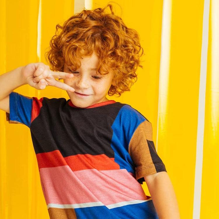 camiseta colorida roupas do momento boys being boys it mãe