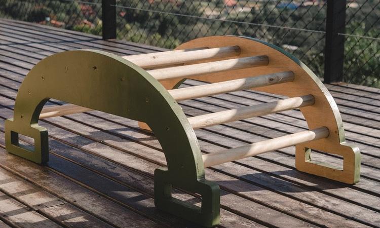 Gangorra Pikler da Eba! Playgrounds - It Mãe