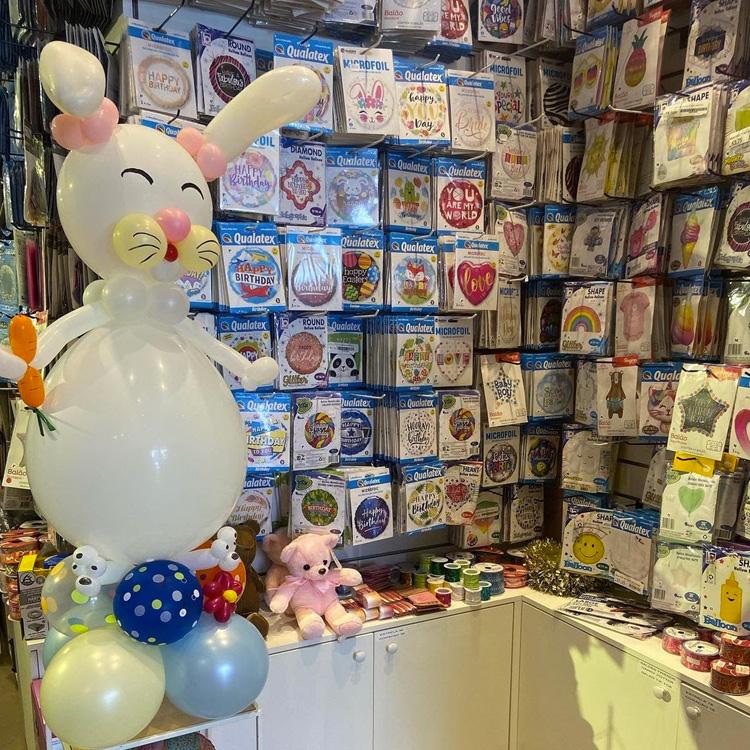 Balões lúdicos para páscoa - It Mãe