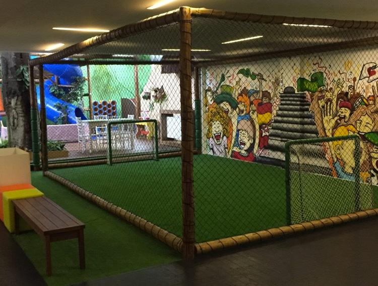 campo de futebol reabertura de espaço para festas espaço viva it mãe
