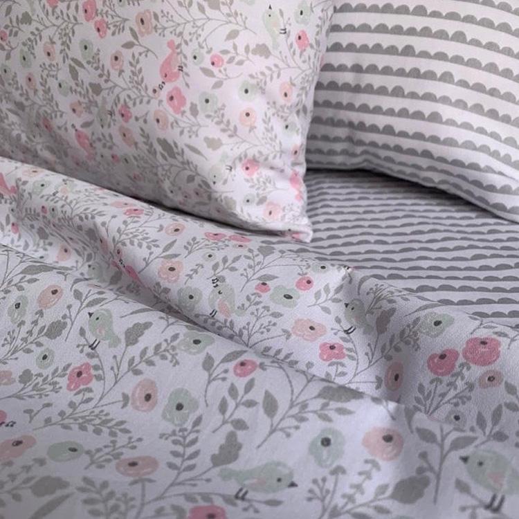It Mãe - Elefantinho Colorido - quarto das pequenas - jogo de cama pássaros