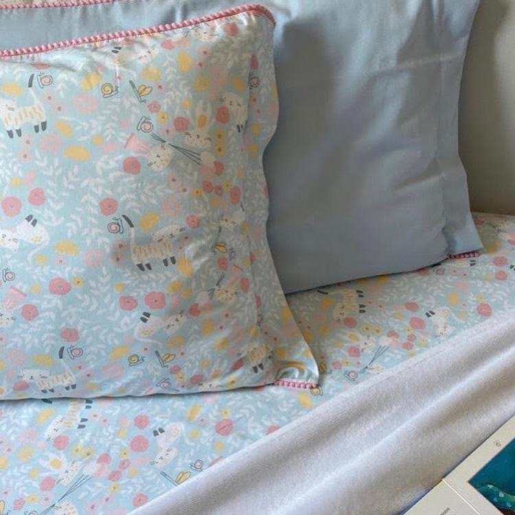 It Mãe - Elefantinho Colorido - quarto das pequenas - jogo de cama gatinhos