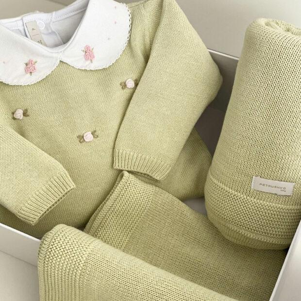 Macacão verde para momentos especiais do bebê Petrushko Baby - It Mãe